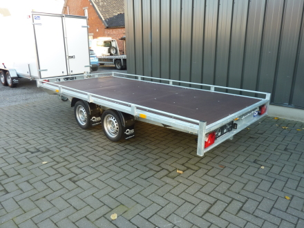 Autotransporter Atlas 2700 kg